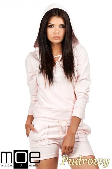 Bluza damska z kapturem w sportowym stylu - pudrowa