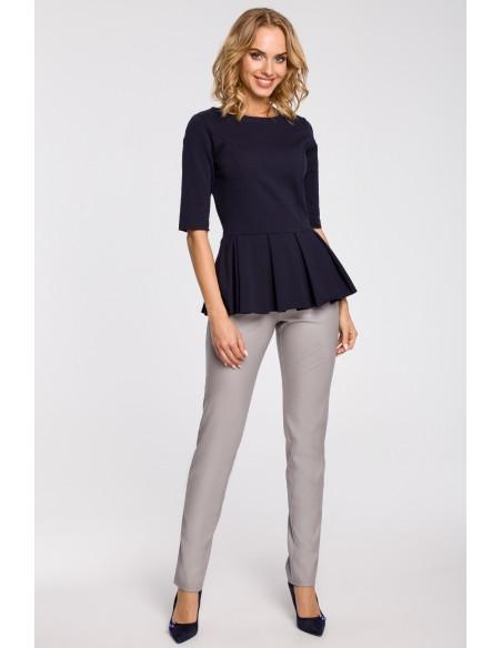 Dopasowana bluzka damska z plisowaną baskinką - granatowa