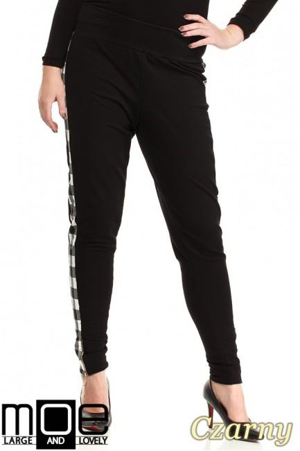 Dresowe spodnie damskie z lampasami w kratę - czarne