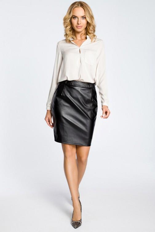 Czarna Trapezowa Spódnica z Eko skóry Spódnice i sukienki