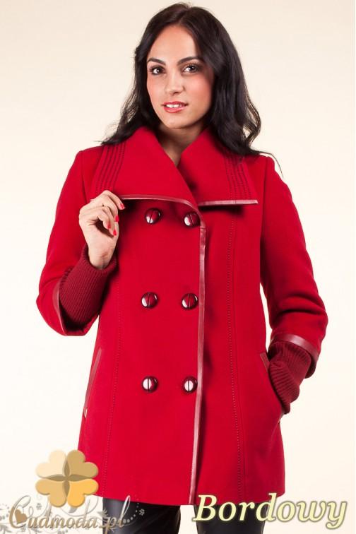 Krótki dwurzędowy płaszczyk damski z flauszu - bordowy OUTLET