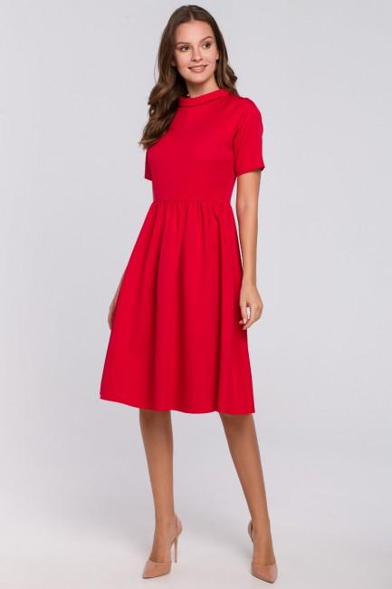 Sukienka ze stójką - czerwona