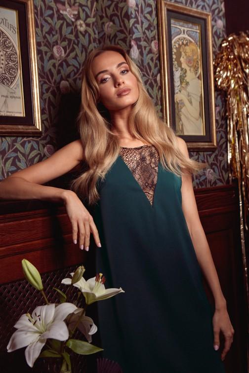 Sukienka z koronkową wstawką z przodu i z tyłu - zielona