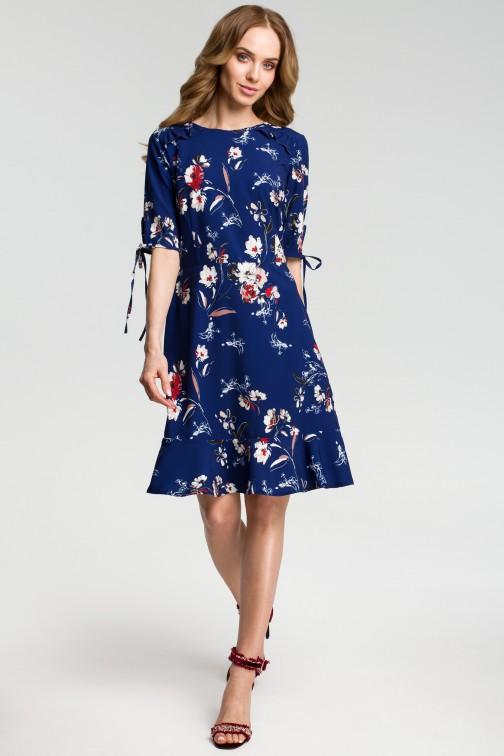 Sukienka we wzór z falbankami - granatowa