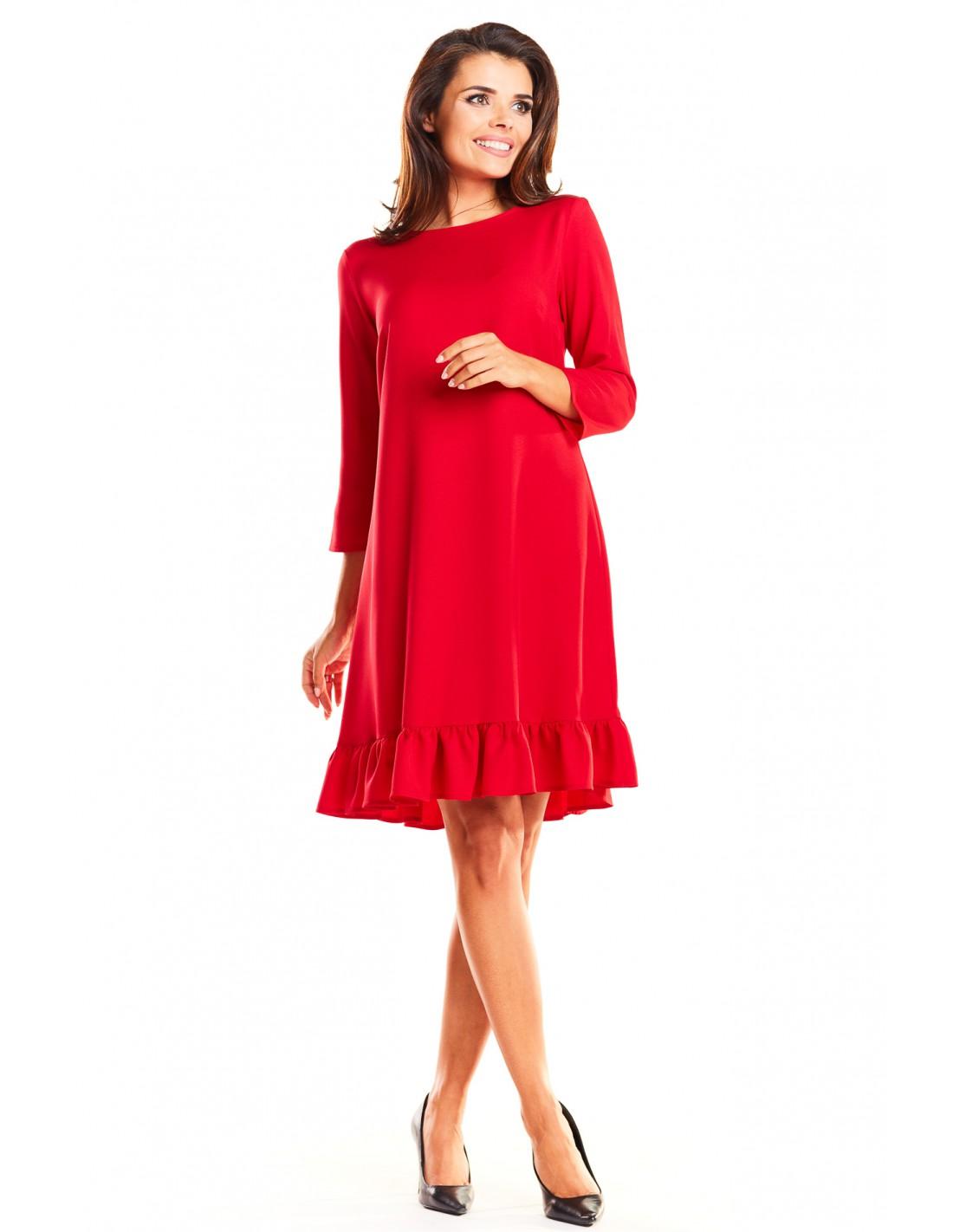 Trapezowa sukienka z rękawem 34 i falbanką czerwona Rozmiar 36 (S)