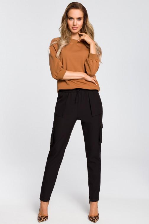 Zwężane spodnie damskie z kieszeniami czarne