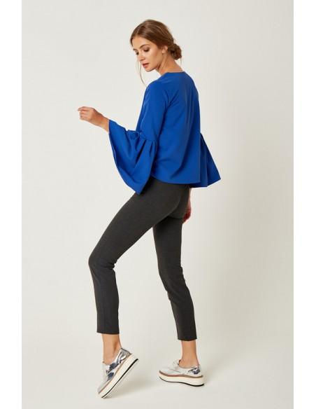 Klasyczna bluzka z bufiastymi rękawami - chabrowa